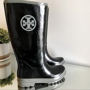 Tory Burch Black Gray Rubber Classic Logo Rain Boots Women's Size 10